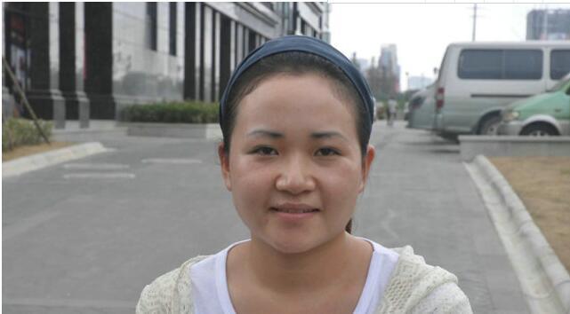 江水平装修队量房和签约的美女朱晨的故事