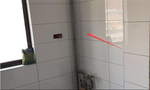 南京二手房装修白色墙砖铺处理方法,效果非常好!