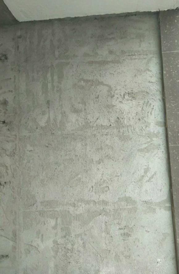 南京瓷砖铺贴装修,你家瓦工贴砖前会做预处理吗?