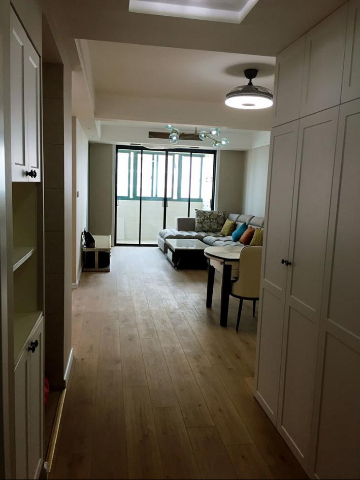 滨江公寓102平简约装修效果,原来自己也有设计的本领啊