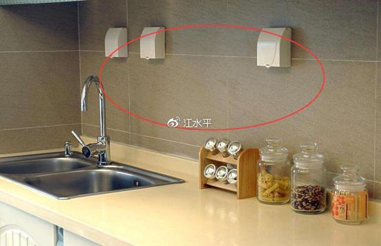 厨房装修插座布局,装修前考虑不周!后悔插座装太少!