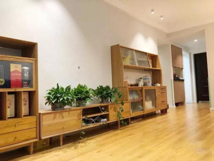 89平简约三居室案例,客餐厅一体,简约实用的硬装