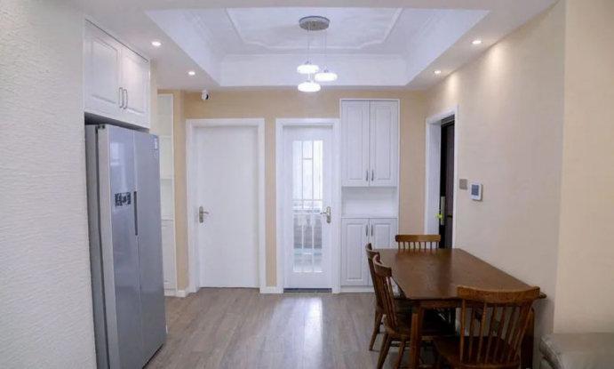 现代装修风格效果图,90平的三居室装修案例,演绎青春懵懂期