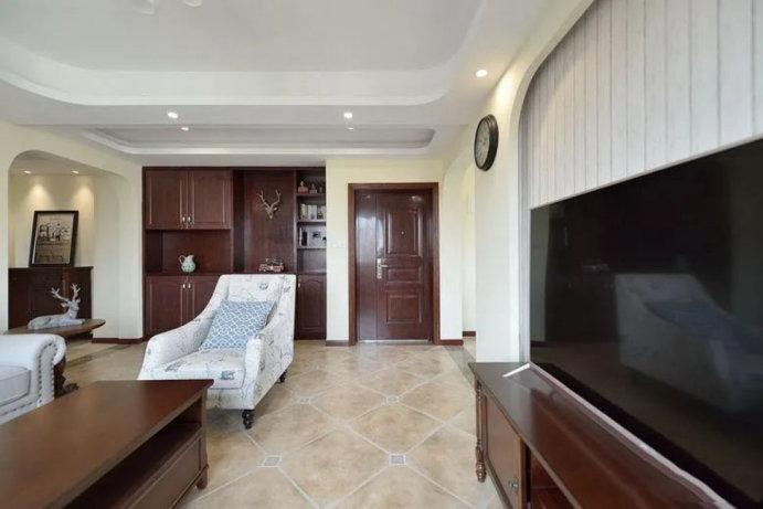 100平美式装修的三居室,不奢华的装修设计,效果却出奇舒适